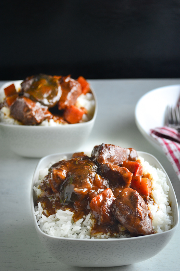 Braised Pork in Red Wine and Tomato Sauce 2