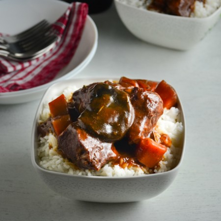 Braised Pork in Red Wine and Tomato Sauce